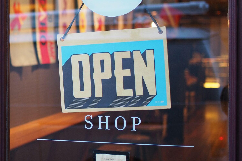 Retail online/offline template.